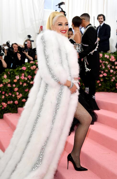 Gwen Stefani wearing So Kate